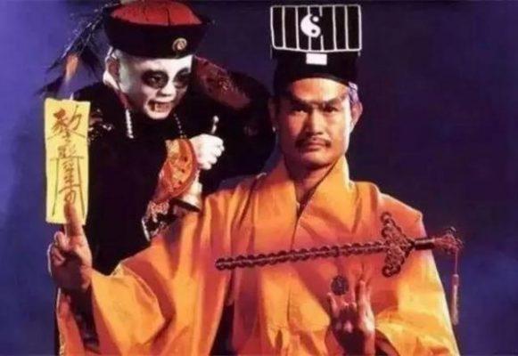 別被港劇騙了!最早的殭屍竟然是中國人的守護神?