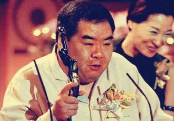 被遺忘的香港影帝:欠債8000萬,住貧民區10年
