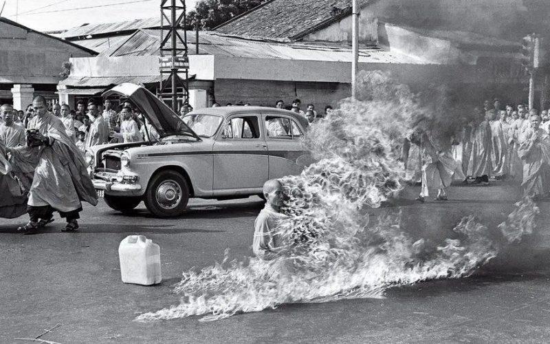 100 年來最具影響力的 50 幅攝影!第一張就如此震撼…