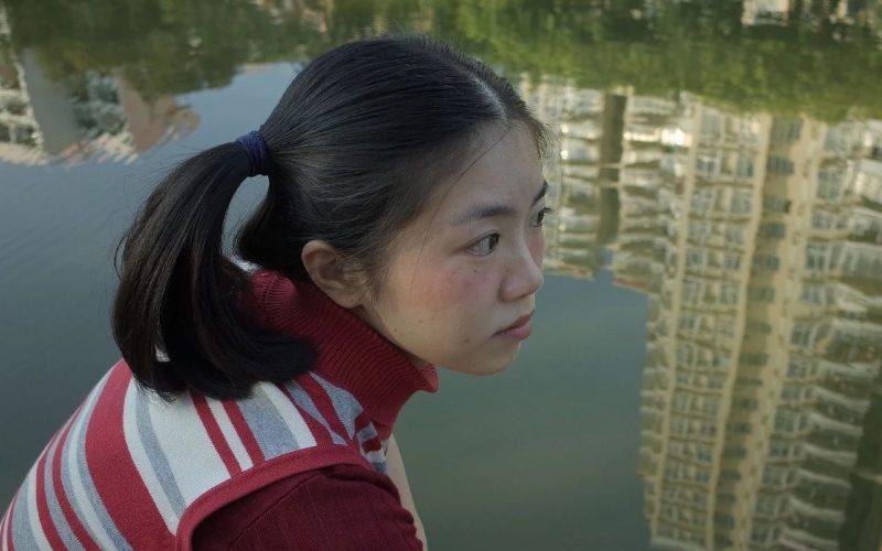 我拍下了中國女孩不開美顏的模樣