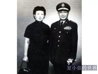 夫人走時,88歲的何應欽哭成了一個淚人