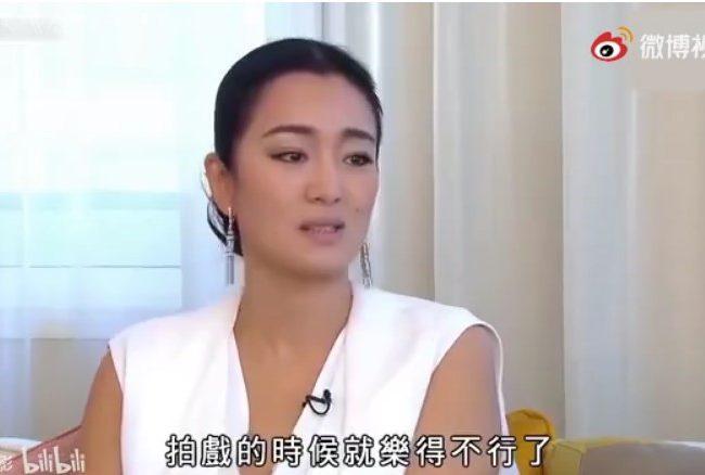 鞏俐在採訪裡談她演《唐伯虎點秋香》和周星馳(視頻)