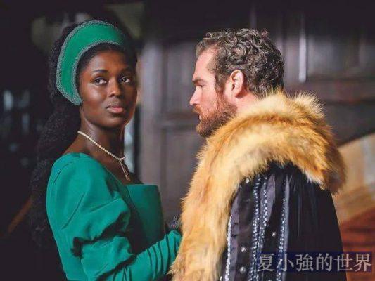 找黑人演英國王后,這部劇遭觀眾差評,製作方居然強行鎖分