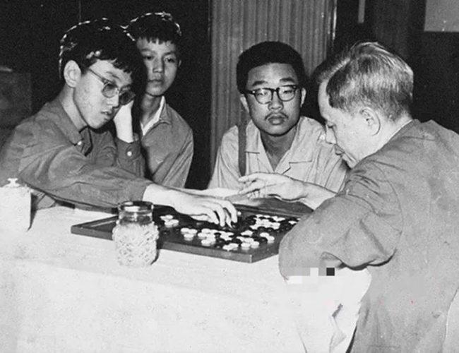 出家的「中國第一神童」:少年班的天才們去哪兒了?
