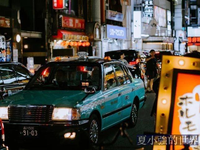 最戲精的日本人,都在計程車上