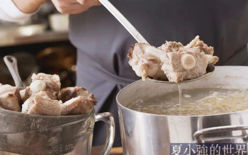 燉湯的時候,營養在肉裡不在湯裡,是真的嗎?