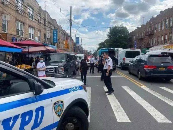 紐約華裔女子被黑人搶劫後反擊,竟遭逮捕,被控二級攻擊罪