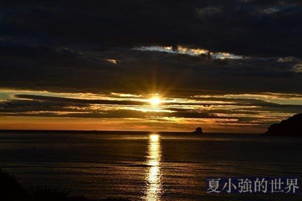 周曉輝:長江異象後現天坑血月 不祥之兆籠罩中南海