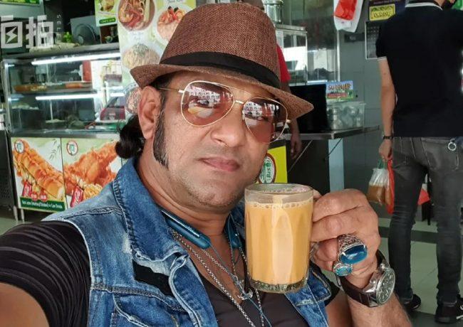 我,印度裔,在新加坡修船半輩子,現在是 「飲茶哥」