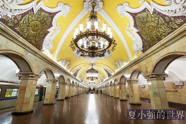 嘆為觀止!莫斯科地鐵究竟有多豪華