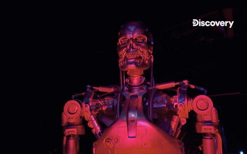 一個被喂了40萬小時恐怖電影的機器人,嘗試自己寫的原創恐怖電影(視頻)